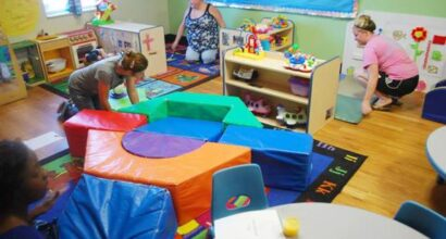 Exploring the room from a child's perspective